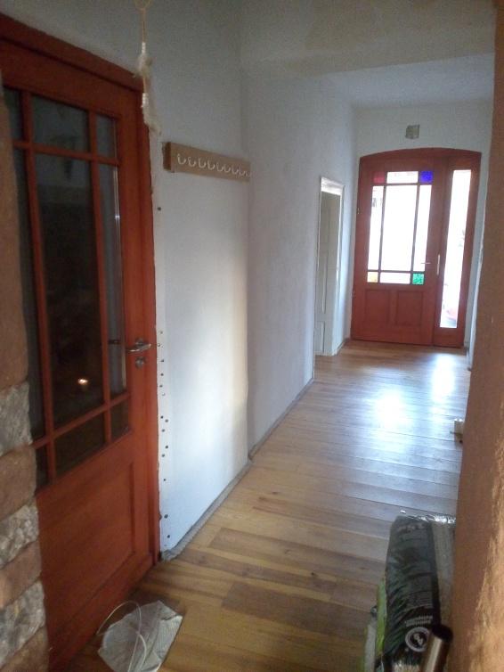 Li Tür zu Treppenhaus/ Garten I