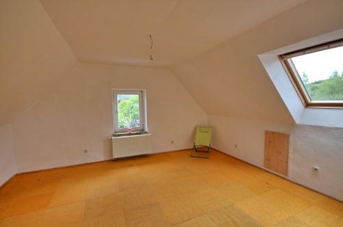 Schlafzimmer DG (2)