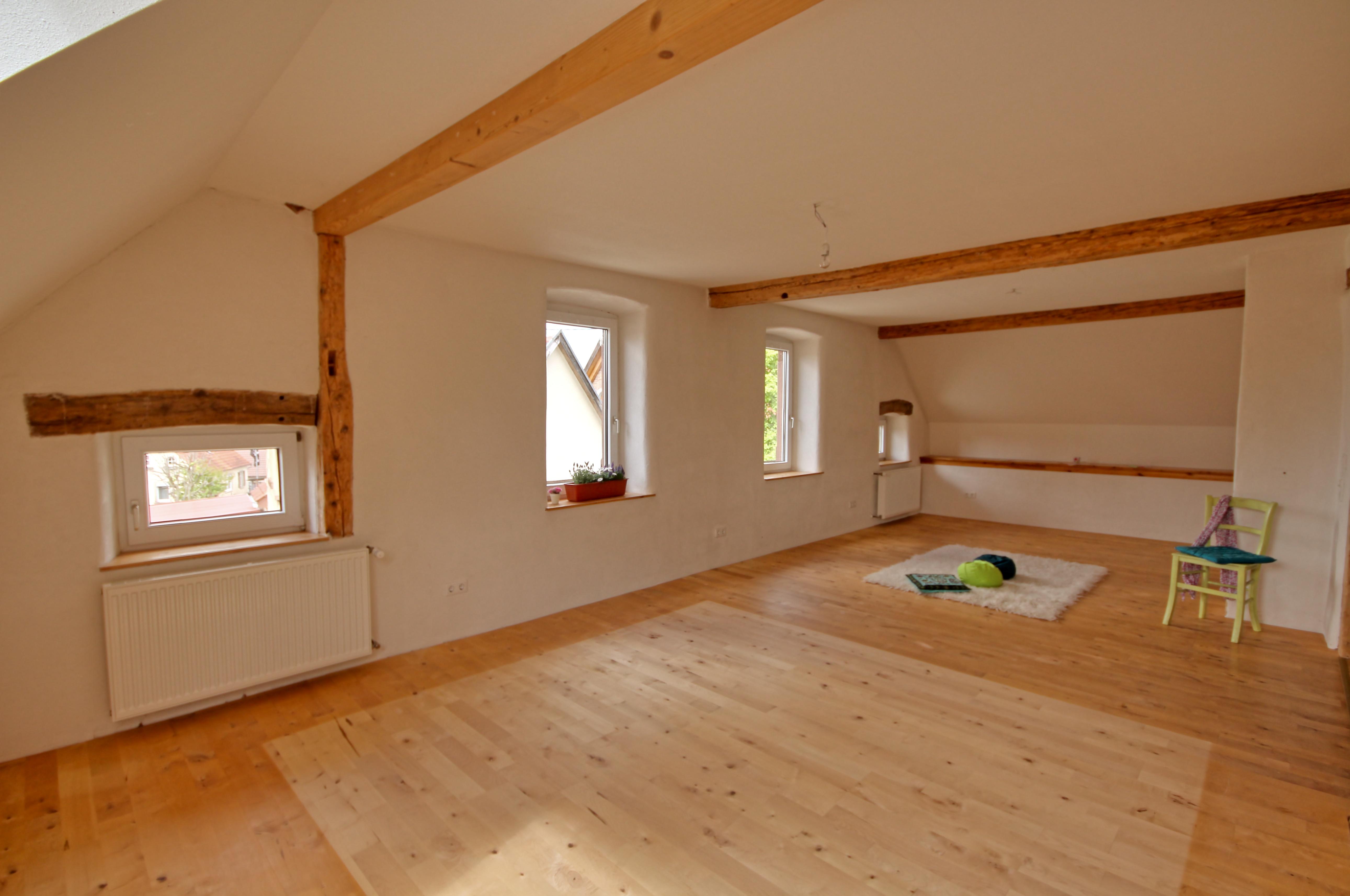 obere wohnung leben im urlaub. Black Bedroom Furniture Sets. Home Design Ideas